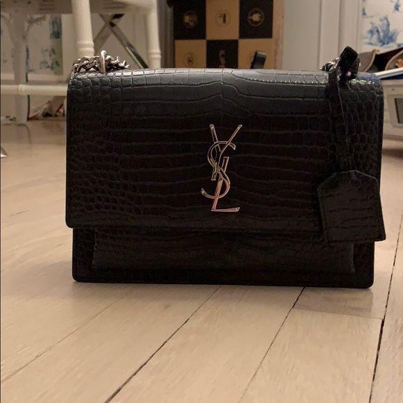 ebaa450e8ff SUNSET MEDIUM IN CROCODILE EMBOSSED SHINY LEATHER.  M_5be0a4dffe515136e9c21e19. Other Bags you may like. Saint Laurent ...